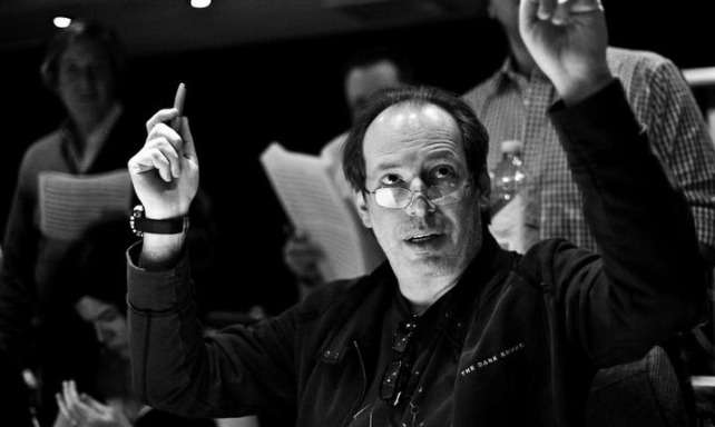 HZ conducting b&w