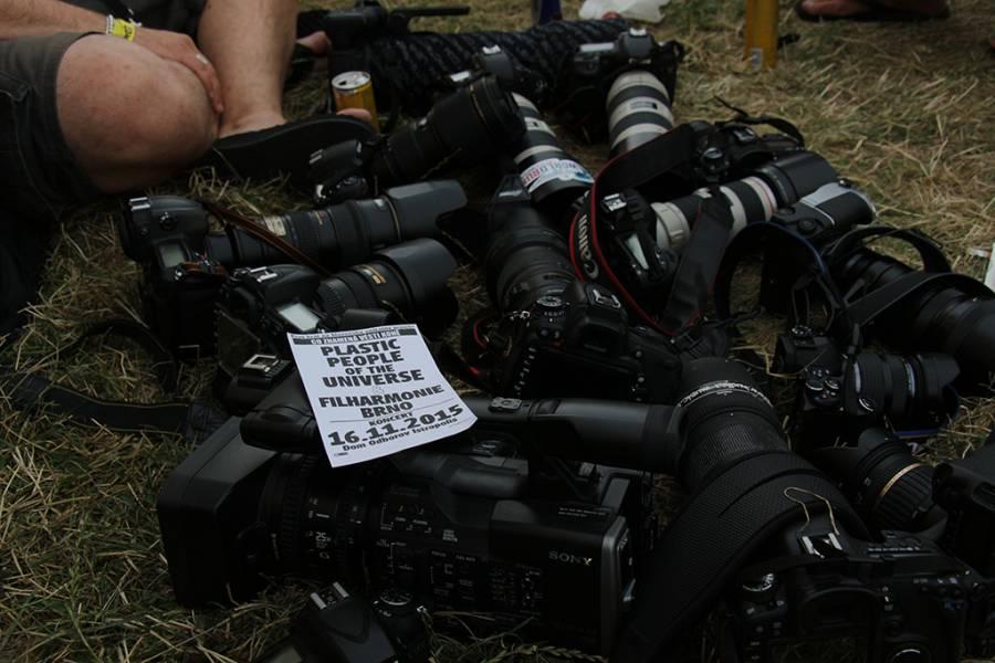 Na festivale niektorí aj pracujú :)