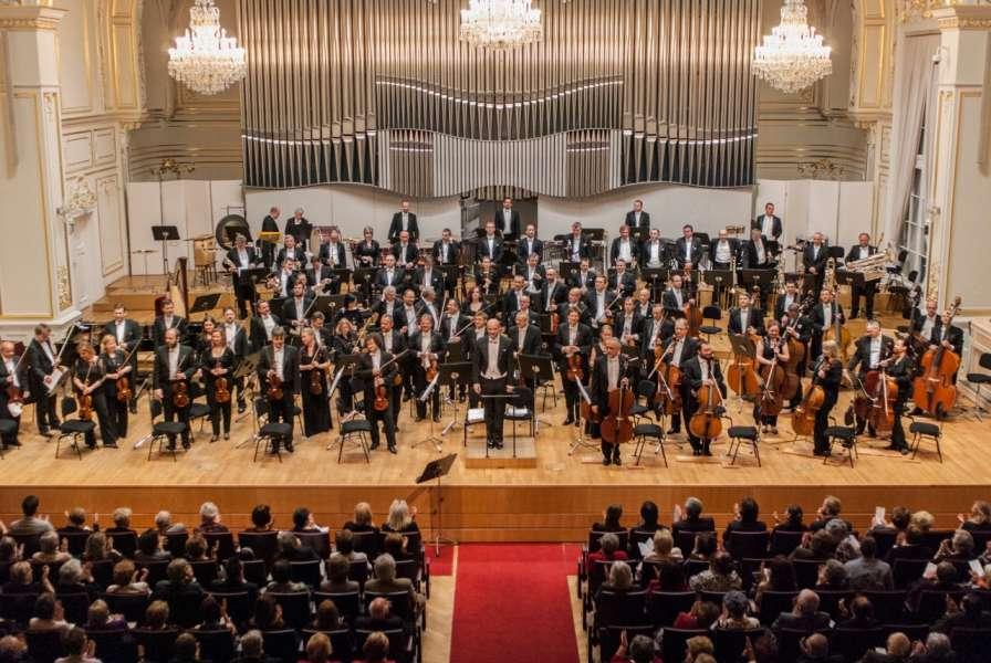 SF Filmová hudba Rastislav Štúr dirigent  Photo © Alexander Trizuljak 5844
